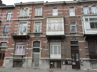 Avis aux amateurs d'anciennes demeures Montoises. Intramuros, 2 spacieuses Maisons de Maîtres érigées sur une même parcelle
