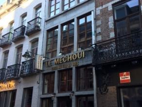 Mons rue des Clercs 4. Immeuble commercial (actuellement restaurant Le Mechoui). Comprenant sous-sol: cuisine. Rez-de-chaussée: restaurant +/-