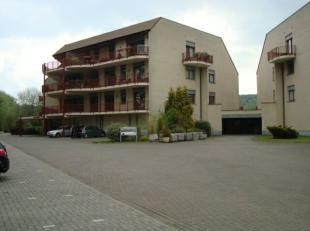 Mons, Av Gouverneur Emile Cornez 7. Beaux bureaux d'une surf de +/- 150 M². + +/- 50 M² de terrasse, cave. Facilité de parking. (Poss
