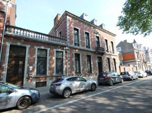 Mons- Boulevard Dolez 14-16. Très belle maison de maître avec possibilité de faire des bureaux avec parkings. sous sol: cave (147m