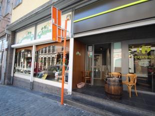 Mons; rue d'Havré 18-20. Surface commerciale idéalement située en plein coeur de Mons, à 2 pas de la Grand Place. Dans un