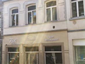 Immeuble de rapport au coeur du centre ville Montois se composant comme suit : rez : surface commerciale (actuellement super restaurant concept italie