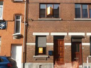 Le bureau immobilier CIC de La Louvière vous propose à la location une maison 2 chambres entièrement rénovée situ&e