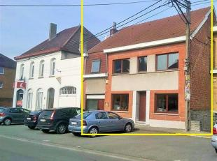 Bel immeuble pouvant servir d'habitation et pour profession libérale - Nombreuses possibilités! Hall d'entrée, 2 grandes pi&egrav