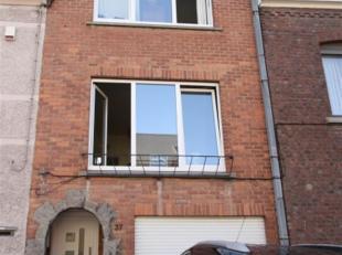 maison bel étage : cave, garage buanderie, jardin ; 1er étage : living, cuisine équipée, wc, 2ème étage 2 ch