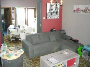 MAISON (proche des commerces, écoles, gare, autoroute et DU CENTRE VILLE) de + de 100 m² avec jardin, composée d'un bureau, salon-