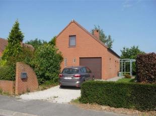 Dans le petit village de Huissignies, à 10min d'Ath, belle villa 4 façades contemporaine PEB B (160 kWh/m².an) - 20150710011736<br