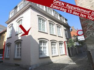 Prijs/kwaliteit een kanjer ! Het gelijkvloers van een standingvol hoekpand  kloeke constructie uit de fifties, slechts 3 appartementen, geen algemene