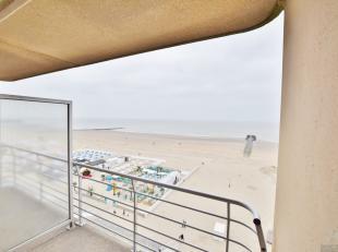 Appartement verkerende in uitstekende staat bestaande uit twee slaapkamers.<br /> Adembenemend zeezicht vanuit leefruimte en slaapkamer, tweede ruime