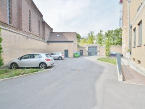 Interessante afgesloten staanplaats nabij de Augustijnenrei in Brugge. Info en bezoek 0494500431