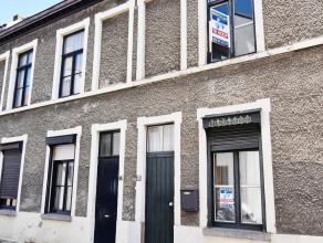 Deze charmante woning met 2 slaapkamers is gelegen in een zeer rustige straat. De woning is instapklaar .<br /> <br /> Indeling: inkom, living en zitr