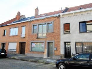 Deze woning is reeds grotendeels onder handen genomen door huidige eigenaars: Nieuwe ramen, vernieuwde goedgekeurde elektriciteit, nieuwe CV installat