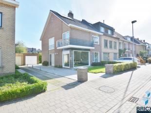 Deze parel is gelegen in een rustige straat tussen het centrum van Brugge en het centrum van Sint-Andries vlakbij alle uitvalswegen...<br /> Zij besta