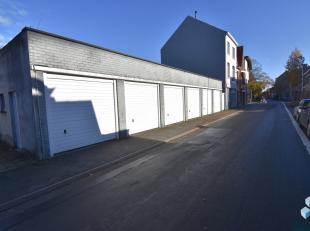 Afgesloten garagebox te huur.<br /> <br /> Prijs: 80 EUR / mnd<br /> Vrij: 1 dec 2019