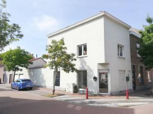 Ruim gelegen hoekpand nabij Baron Ruzettelaan commercile ruimte (65m) - garage - zolder of archiefruimte