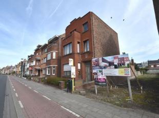 lot BOUWGROND 300m, mooi gelegen nabij de Gentpoort. Geschikt voor burgerswoning, vergunning hiervoor reeds beschikbaar ! (vg,Wg, Gdv, Gvkr, Gvv)