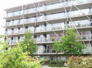"""res. """"Groen Brugge"""" Mooi appartement gelegen aan het station van Brugge, op wandelafstand van de Brugse binnenstad. Er zijn 2 slaapkamers, een mooi te"""