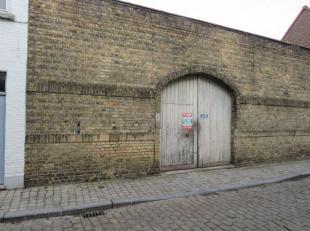Autostaanplaats in centrum Brugge op een afgesloten complex.