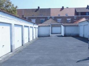 Garagebox met een kantelpoort