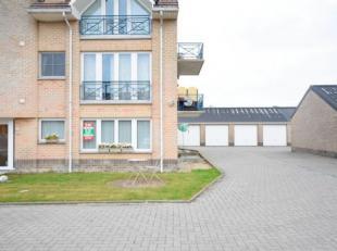 """Mooi gelijkvloersappartement in """"residentie Bergzicht"""" bestaande uit een gezellige living, open keuken met toestellen, berging met aansl. wasmachine,"""