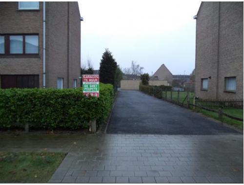 Garagebox te huur in Sint-Kruis, € 70