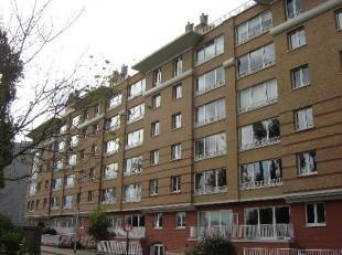 """res. """"Lodewijk"""" Dit appartement met ruime living van 36m, ing. keuken, badkamer, 2 slaapkamers, kelder en terras zijn gelegen net buiten het centrum v"""