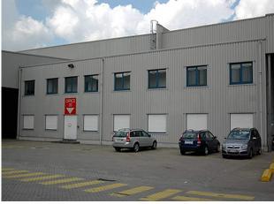 Gunstige ligging in de haven van Gent en nabij centrum van Gent<br /> <br />  Bureel 14: gelijkvloers: 100m²<br />  Bureel 17b: gelijkvloers + 1s