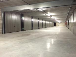 Momenteel mogen wij u de laatste vijf garageboxen in residentie Dulle Griet Garden te koop aanbieden aan de sterk gereduceerde prijs van 45.000 euro/s