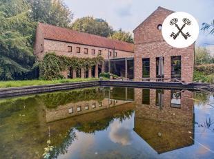 Ruime villa met tal van mogelijkheden te Beukendreef (Hertsberge). Deze villa te koop telt 5 slaapkamers en eveneens de mogelijkheid tot het houden va