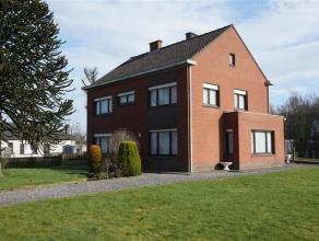 Centraal gelegen huis nabij het centrum van Aalter. Vlotte verbinding naar E40 en Knokkeweg.  Deze open bebouwing gelegen ter hoogte van de steenweg o