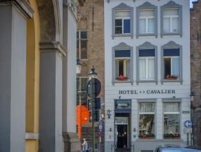 Overname handelsfonds van een 2*-hotel in het centrum van Brugge.<br /> <br /> Indeling:<br /> Eigendom bestaande uit:<br /> > Gelijkvloers met rec