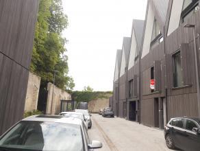 Prachtige nieuwbouwwoning met 4 slaapkamers, terras en garage gelegen in de Wispeltuin te Brugge. Het appartement is kwalitatief afgewerkt en beschikt