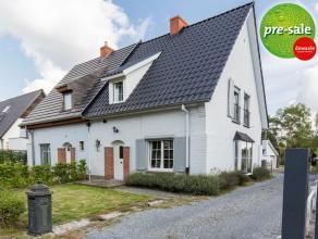 Instapklare halfopen bebouwing gelegen in De Pinte. <br /> De woning beschikt over een lichtrijke living met een moderne open keuken. De kelder is ber