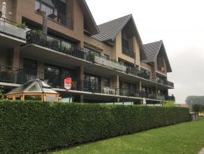Ruim appartement met 2 slaapkamers en terras. Rustig gelegen op fietsafstand van Brugge centrum en met een vlotte verbinding naar Damme, Knokke ...<br