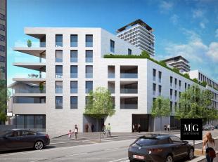 <br /> Dit kantoorgebouw is uitstekend gelegen vlakbij het station Gent-Sint-Pieters en dus ook de publieke parking. Deze kantoren genieten van een