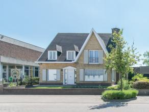 Villa gelegen in de Engelstraat te Ichtegem op een perceel van 780m². De woning situeert zich in de onmiddellijke omgeving van winkels, scholen,.