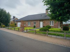 Deze volledig zuidgerichte villa staat op een ruim perceel van 1064 m² en is gelegen nabij het centrum van Lichtervelde (Markt 250 m, Gemeentehui