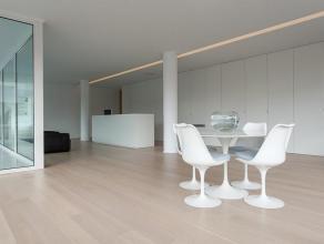 Luxueus afgewerkte kantoorruimte op industriezone Herdersbrug.<br /> <br /> INDELING:<br /> - Kantoor (170m²) bestaande uit kantoorruimte, direct