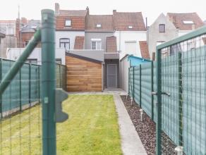 Instapklare woning te koop op de grens van St-Elisabeth en St-Rochus.<br /> Deze woning is goed gelegen op een vlakbij het stadscentrum en tegelijk bi