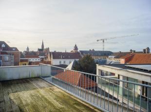 Uniek en ruim penthouse appartement te koop met adembenemend uitzicht op onder andere het Belfort, Sint-Salvatorskathedraal, Onze-Lieve-Vrouwekerk...