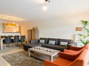 """In dit recent appartement (°2009) te koop in residentie """"Groen Brugge"""" geniet u van een bewoonbare oppervlakte van circa 107m² met onder ande"""