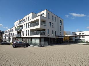 Op een boogscheut van de markt van Gavere kan u dit nieuwbouwappartement terugvinden. <br /> In de residentie 'Bellevue' kan u in alle rust en comfort