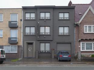 Volledig verhuurde opbrengsteigendom, bestaande uit 3 appartementen met 1 slaapkamer en 3 studio's.<br /> <br /> Grondig gerenoveerd in 2007-2008 en v