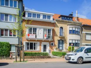 Deze karaktervolle eengezinswoning met open, groen zicht is gelegen op een rustige locatie, net buiten het centrum van Blankenberge, en op wandelafsta