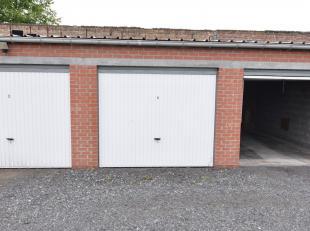 Verzorgde garage te koop aan de Noordburgweg te Veurne. <br /> De garage is momenteel verhuurd en kan dus gebruikt worden voor privé of als inv