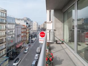Dit appartement is gelegen op de 5de verdieping in Residentie North te Oostende. U bevindt zich temidden het centrum, op wandelafstand van tal van voo