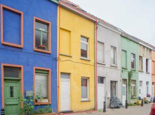 Deze arbeiderswoning is heel rustig gelegen in een doodlopende arm van de Victor Frisstraat te Gent. <br /> Deze woning is een ideale starterswoning o