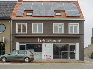 - Zeer gunstige commerciële ligging op belangrijkste invalsweg naar Centrum Brugge<br /> - Dienstig voor diverse bestemmingen: handel, bureel, vr