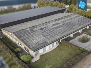 Magazijn met woonst te koop in de industriezone Menen-Wervik.<br /> <br /> Indeling:<br /> - Magazijn 1: 520m² <br /> - Magazijn 2: 650 m²,
