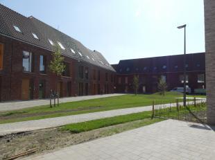 Ondergrondse staanplaats te huur tussen de Gentpoortvest en de Oude Gentweg. 'Den Indruk' is het nieuwbouwproject waaronder dit complex gelegen is, vr